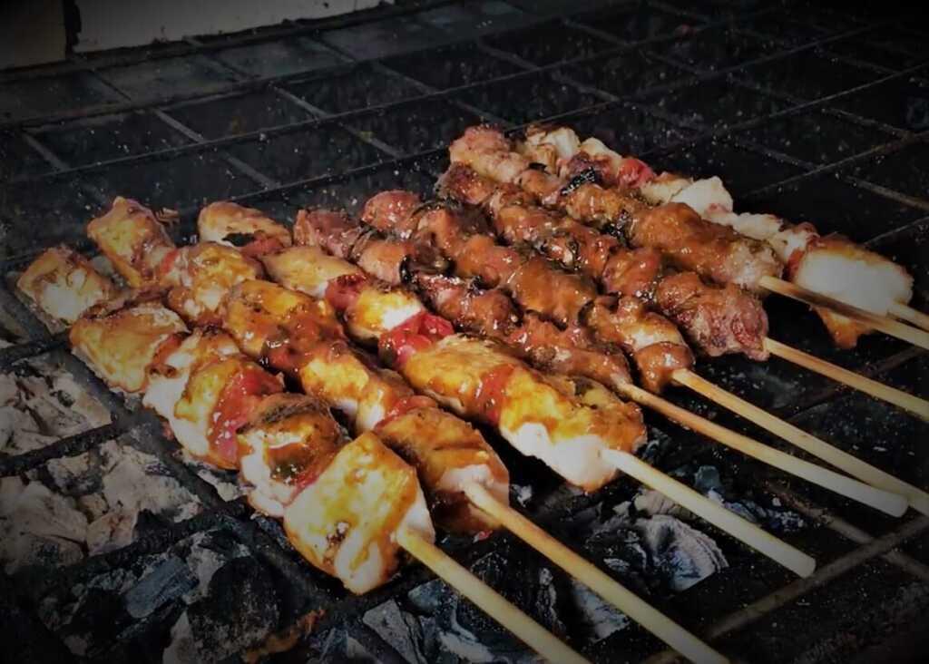 food in rwanda - Brochettes (Barbecued meat on skewers)